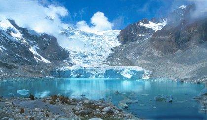 Los glaciares protegen a las montañas de la pérdida de altitud