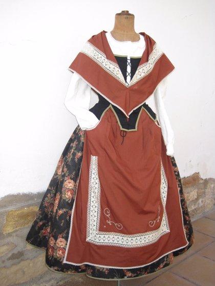 El Corte Inglés del Paseo Sagasta celebra un desfile infantil de vestimenta tradicional de Aragón