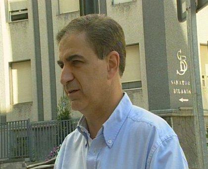 """PP pide a López """"un golpe en la mesa"""" para dejar de ser """"un convidado de piedra"""" en la negociación Zapatero-PNV"""