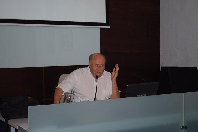 Fernando Hiraldo, de la Estación Biológica de Doñana