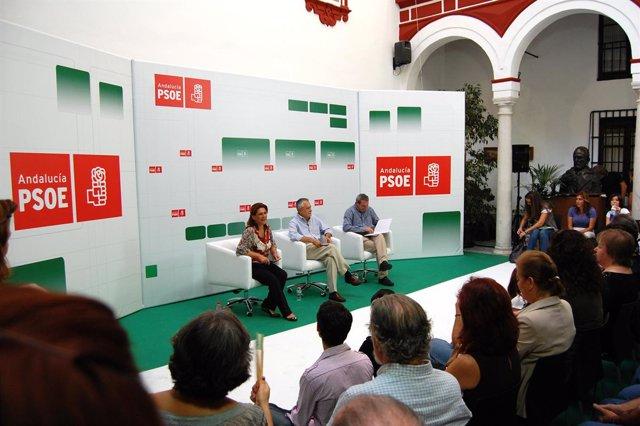 Griñán Con Torres y De la Chica durante el debate.