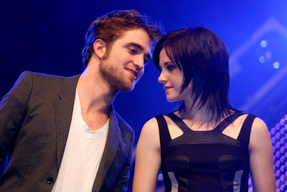Robert Pattinson y Kristen Stewart en la presentación de 'Luna Nueva' en Munich,