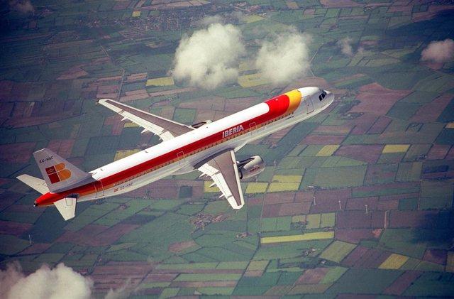 Un avión A321 de la aerolínea Iberia