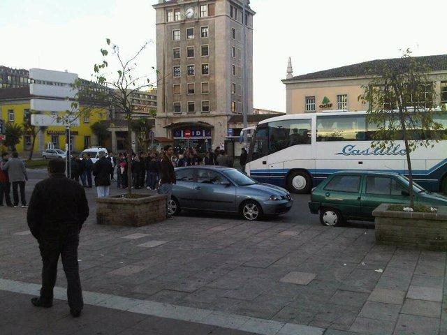 piquetes impiden salida autobús