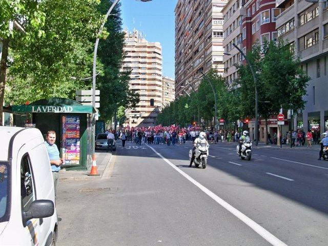 Piquete informativo a su paso por la Gran Vía de Murcia