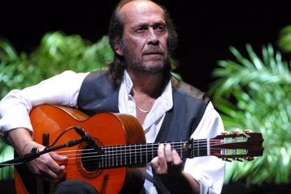 Paco de Lucía clausura este sábado la Bienal de Flamenco 2010 con un recorrido por toda su obra