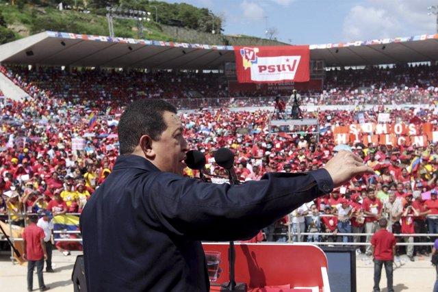 Hugo Chávez, durante un meeting del PSUV