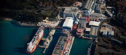 Economía.- Xunta, Vulcano y Banco Popular se reúnen hoy para negociar avales y poder mantener la actividad del astillero