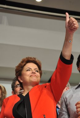 La candidata a la presidencia de Brasil Dilma Rousseff