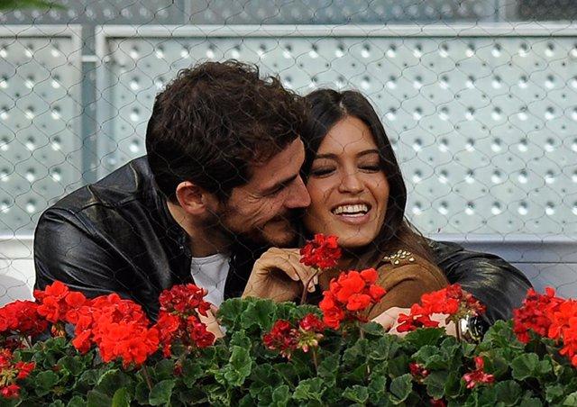 Iker Casillas Y Sara Carbonero muestran su amor en el Masters Series de Madrid