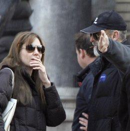 Angelina Jolie rueda en Bosnia