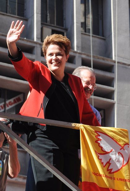 Rousseff aventaja en seis puntos a Serra para la segunda vuelta