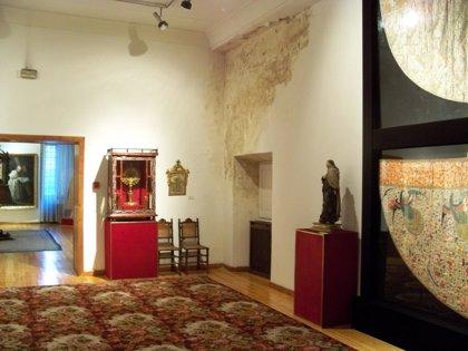 Las obras de Goya, Fernández y De Mena del Museo de Santa Ana de Valladolid peligran por una plaga de termitas y humedad
