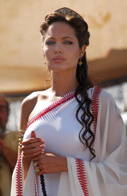 James Cameron y Angelina Jolie, juntos en Cleopatra 3D