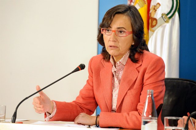 Rosa Aguilar, en rueda de prensa