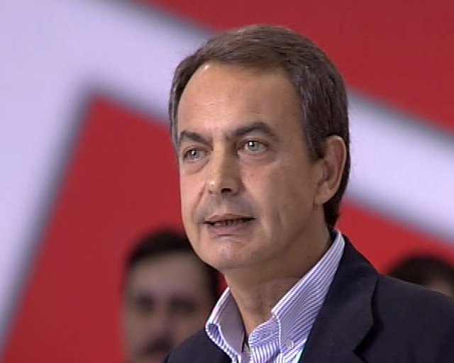 Zapatero dice que Rajoy seguirá en la oposición