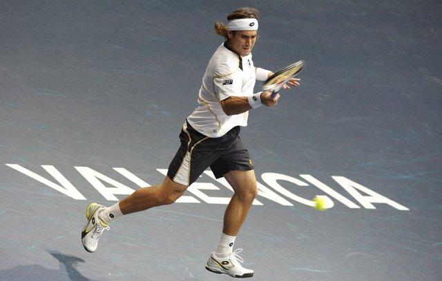 VALENCIA, SPAIN - NOVEMBER 03:  ATP 500 World Tour Valencia Open 2009 tennis tou