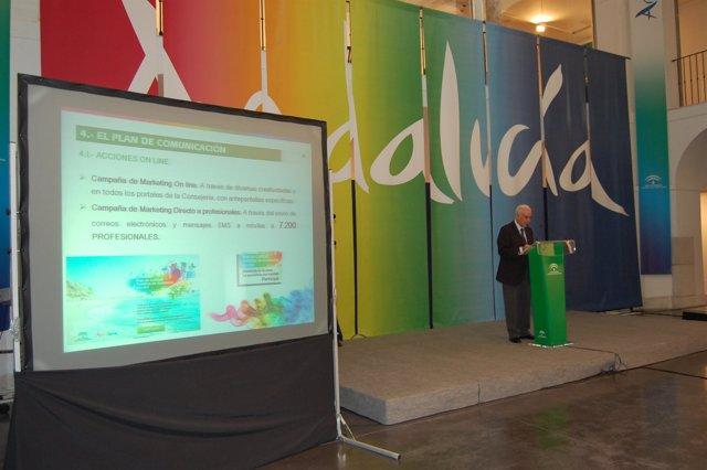 Luciano Alonso en la presentación del Plan de Calidad