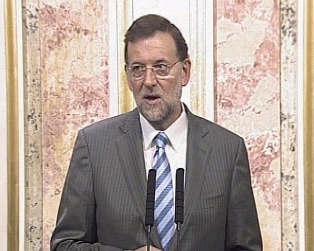 Rajoy se mantiene al margen