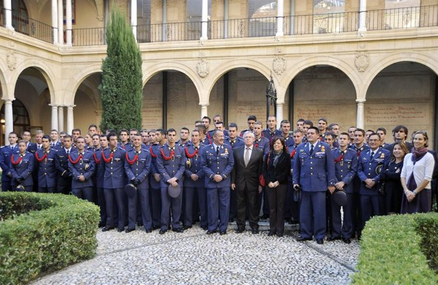 Universidad De Murcia: Visita Academia General Del Aire