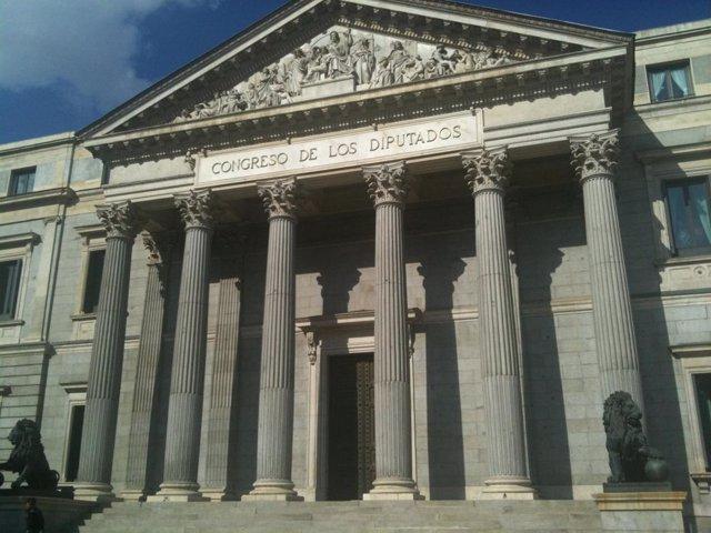Congreso de los Diputados, fachada principal
