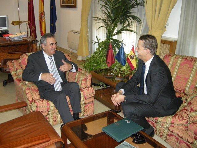 González Tovar recibe al cónsul del Reino Unido en Alicante