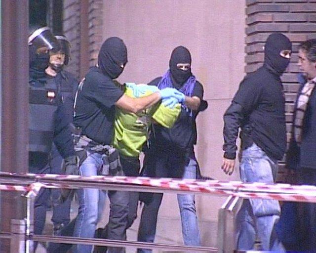 Detención de una veintena de miembros de Segi