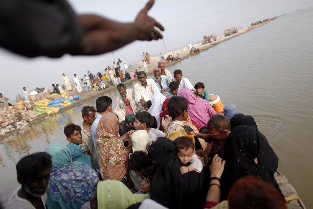 Damnificados por las inundaciones en Pakistán