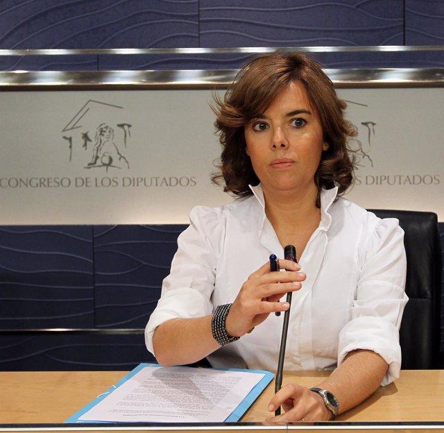 Soraya Sáenz de Santamaría, en rueda de prensa en el Congreso