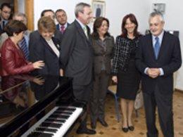 Griñán, durante la inauguración del Conservatorio Superior de Jaén