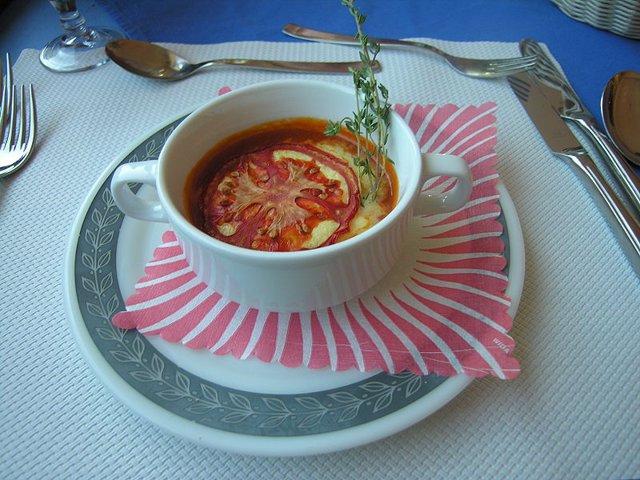 La sopa, un alimento económico que sirve para combatir la obesidad