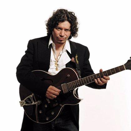 Raimundo Amador traerá a Barcelona en diciembre su nuevo disco 'Medio hombre medio guitarra'