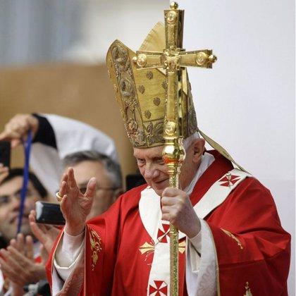 Benedicto XVI visita Barcelona 28 años después que Juan Pablo II