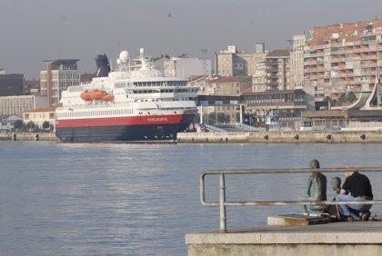 El puerto de Santander aumenta los pasajeros un 43,2% hasta septiembre, el cuarto con más incremento