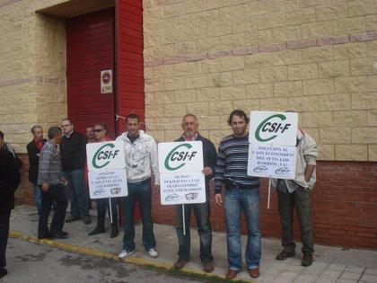 Los empleados municipales de Los Barrios retoman la huelga general por el impago de sus salarios