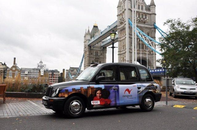Taxis de Londres promocionan Zaragoza