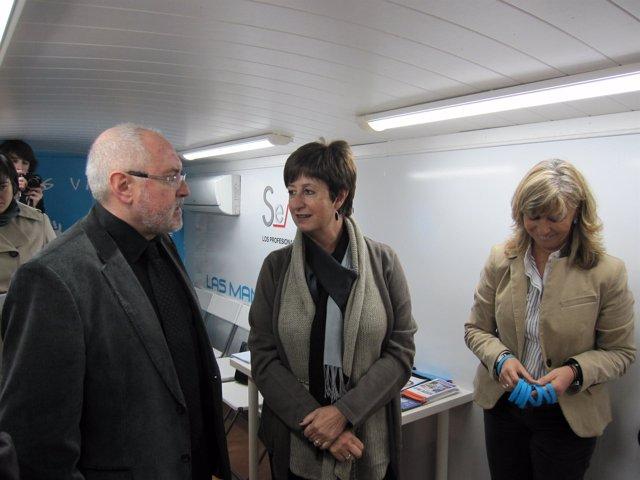 Luisa Noeno inaugura el Autobús de la Medicina Intensiva