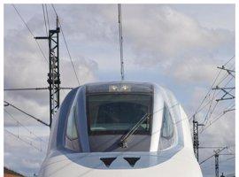 El alcalde de Cuenca, satisfecho con el AVE, va a pedir a RENFE lanzaderas con Madrid y revisar los horarios