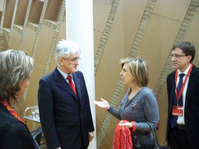 El ministro de Medio Ambiente esolveno y María José Salgueiro
