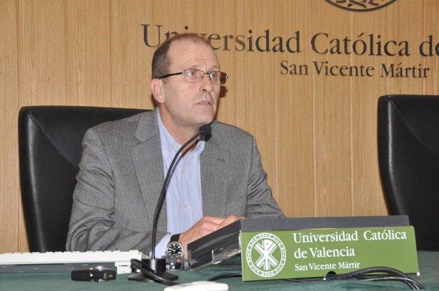 El investigador de la UCV