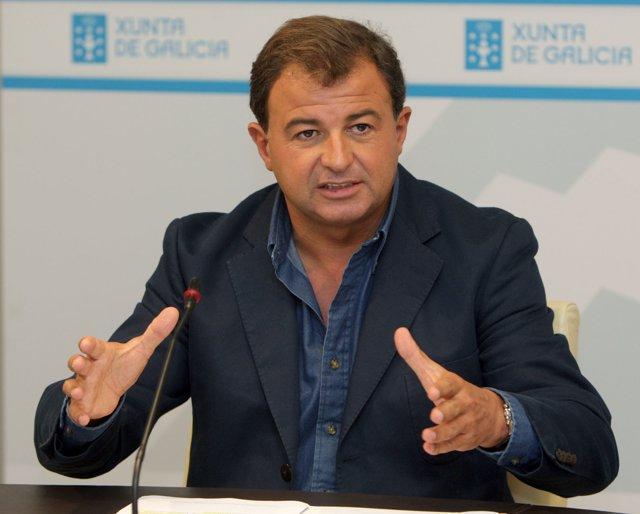 Consejero de Economía e Industria, Javier Guerra