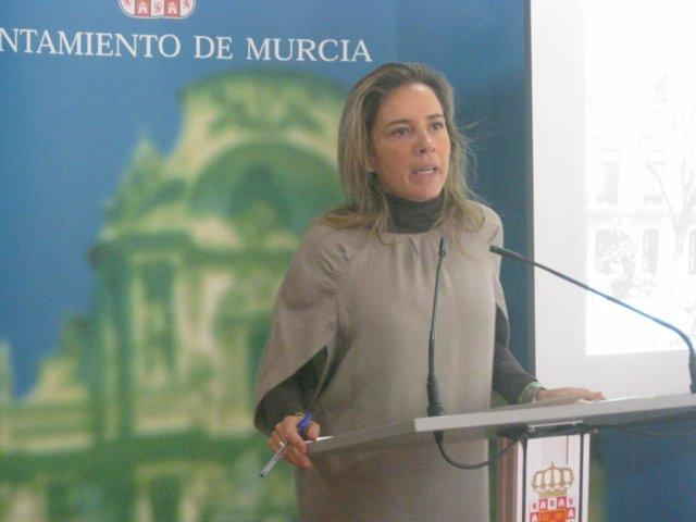 La concejal del Ayuntamiento de Murcia, Adela Martínez-Cachá