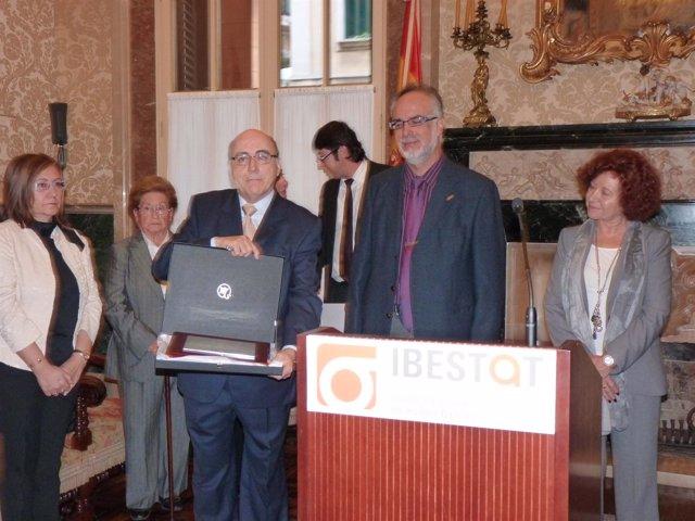 Premio Antoni Monserrat a Miquel Alenyà i Fuster