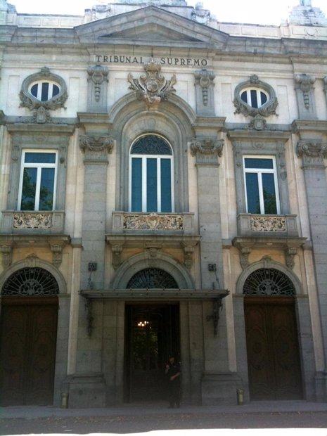 Asociaciones de la memoria histórica piden al TS que reconsidere el archivo de la querella contra Saavedra