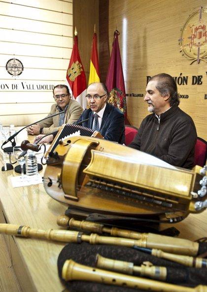 El folclorista Paco Díez comienza hoy nuevas jornadas de instrumentos tradicionales en centros educativos de Valladolid
