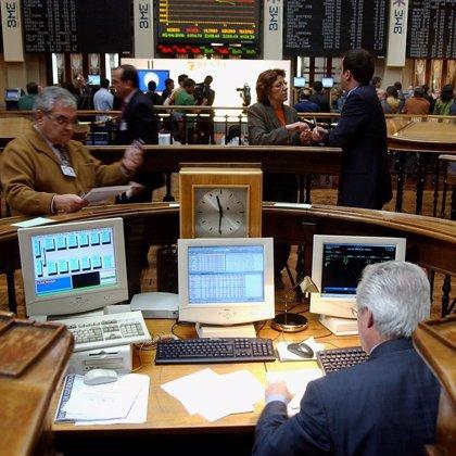 El Ibex 35 cae un 1% en la apertura de la sesión