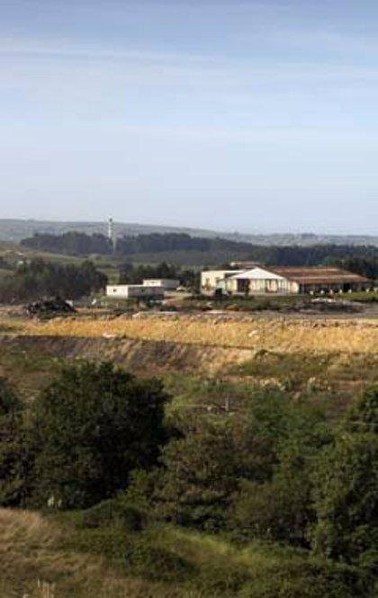 Las instalaciones de El Mazo y Candina comienzan la selección de los Residuos SIGRE