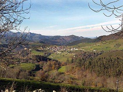 (Ampl)La carretera de Celis a El Soplao incorporará medidas para corregir el impacto sobre el paisaje visual y ecológico
