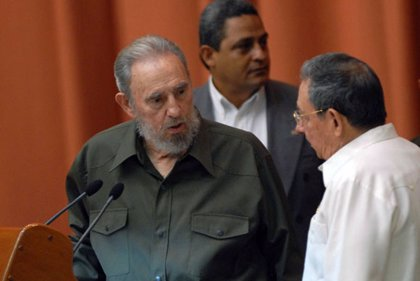 """Cuba.- Raúl Castro afirma que las """"ideas"""" de Fidel """"son el fundamento de todo"""" lo que se hace en Cuba"""