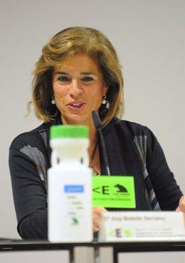 Ana Botella hace balance de la campaña de recogida de aceite usado